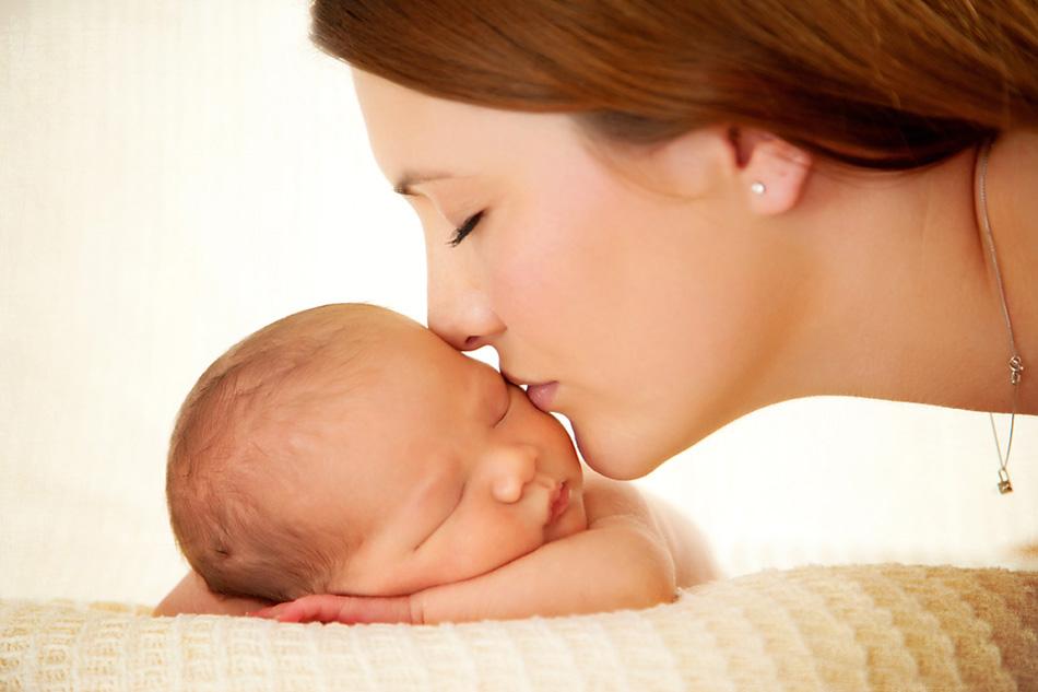 Картинки с младенцем маме
