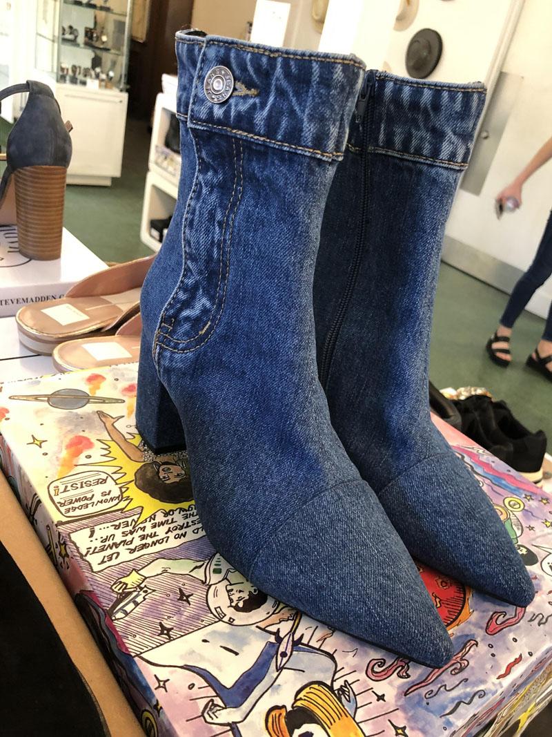 14 пар странной обуви, которая вызывает смех и недоумение!