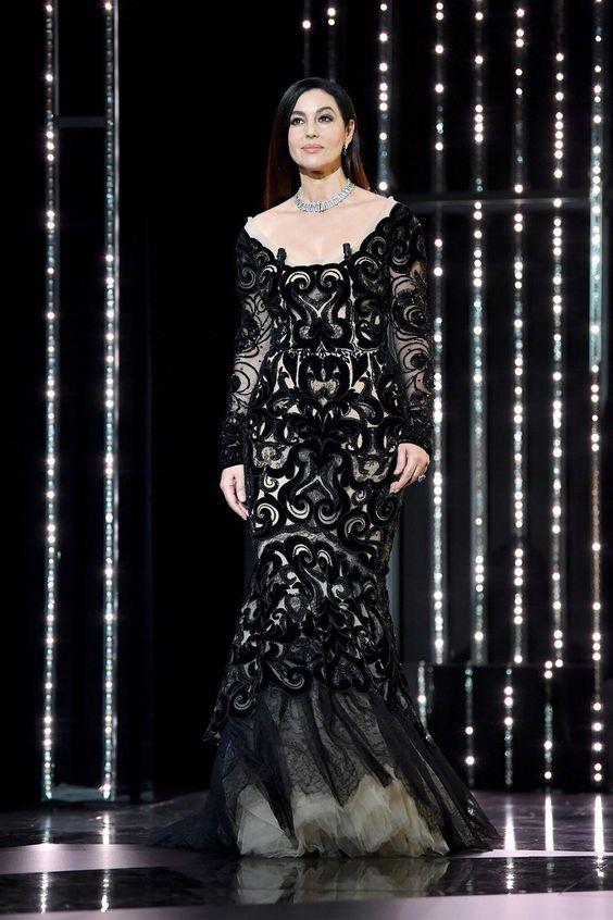 Моника Беллуччи и её коллекция роскошных чёрных нарядов