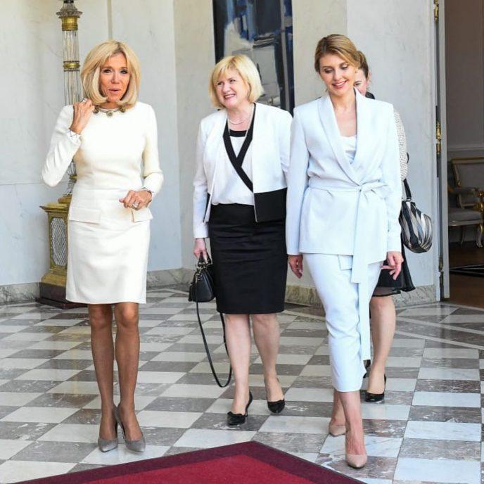 Елена Зеленская затмила жену Президента Франции своим элегантным нарядом