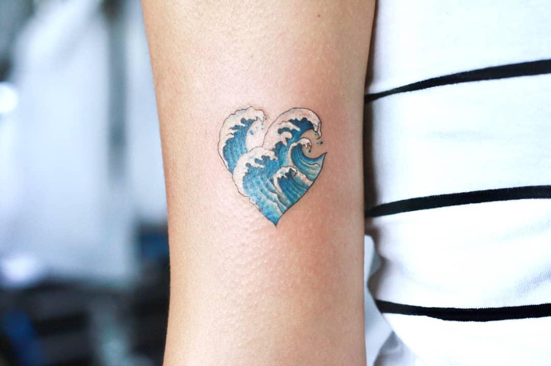 15 нежных татуировок, которые понравятся даже тем, кто терпеть их не может