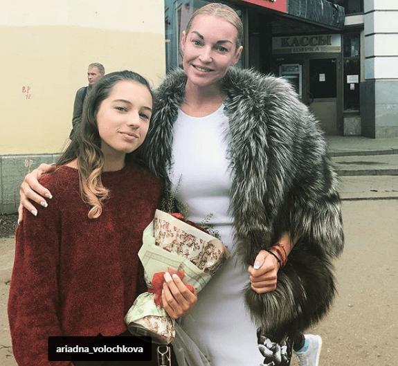 Дочь Анастасии Волочковой поразила смелым нарядом поклонников