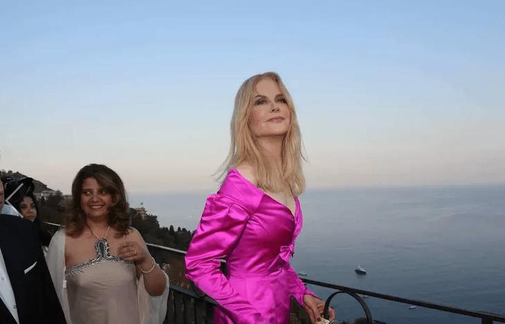52-летняя Николь Кидман удивила поклонников «ботоксным» лицом на кинофестивале
