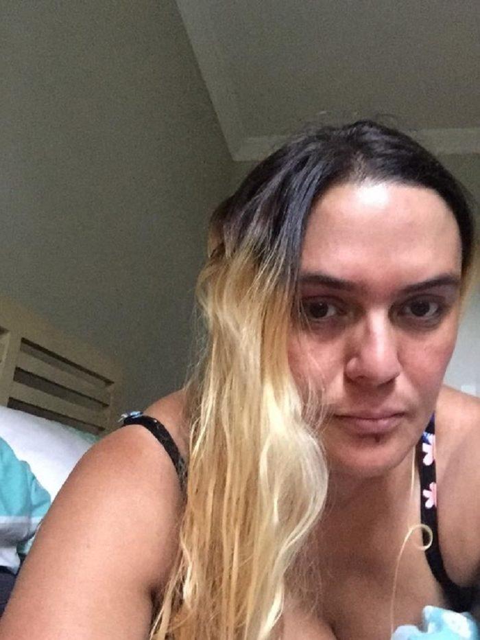 Девушке испортили волосы в дорогом салоне. Всё исправил обычный парикмахер