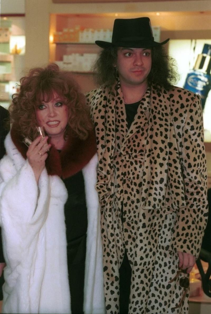 Редкие архивные фото артистов из 90-х: какими они были