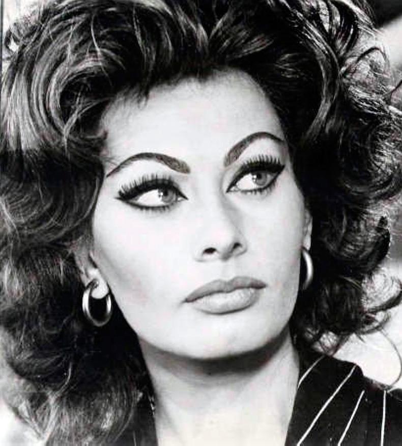Подборка снимков самых шикарных итальянок, которые восхитили весь мир