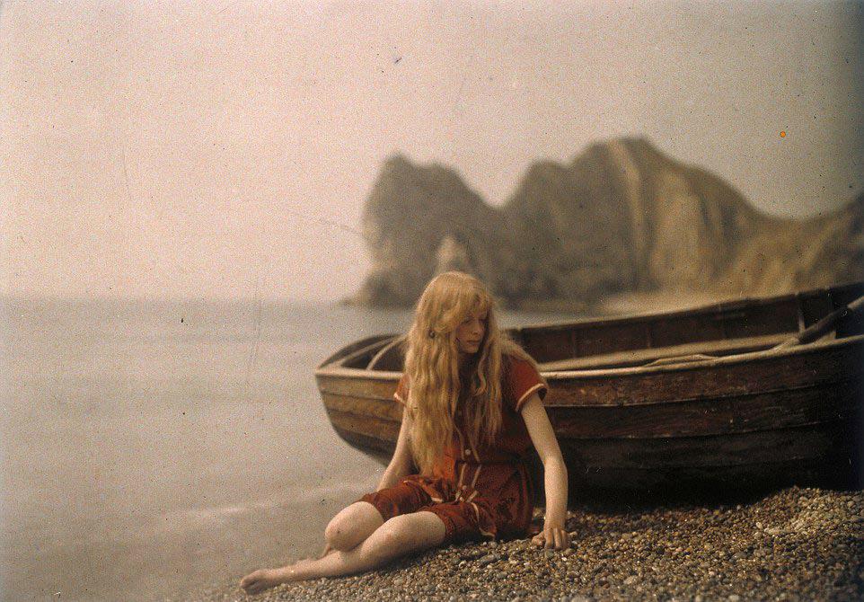 Одна из первых фотосессий. Этим фото уже больше 100 лет!