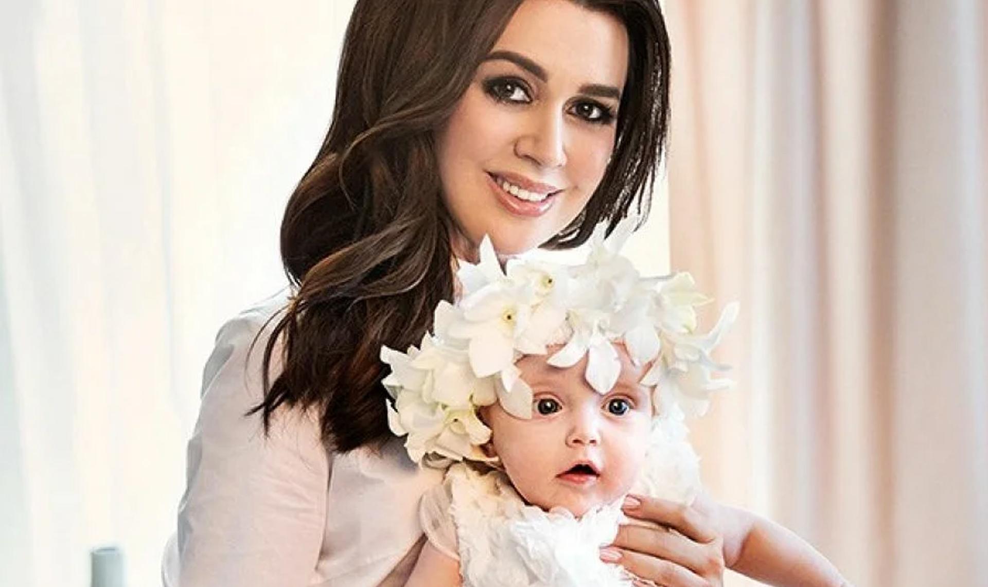 Дочь Заворотнюк: «Я надеюсь моя самая лучшая в мире мама поправится, а в наш дом вновь войдет радость и счастье»
