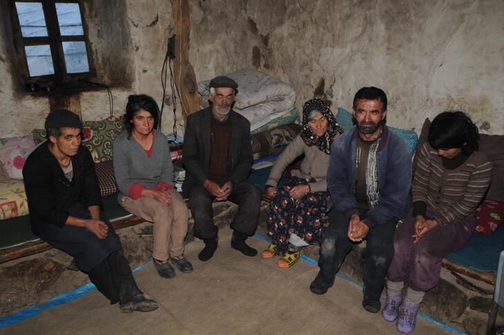 Альпинисты в горах наткнулись на семью, которая уже 80 лет живет вне цивилизации