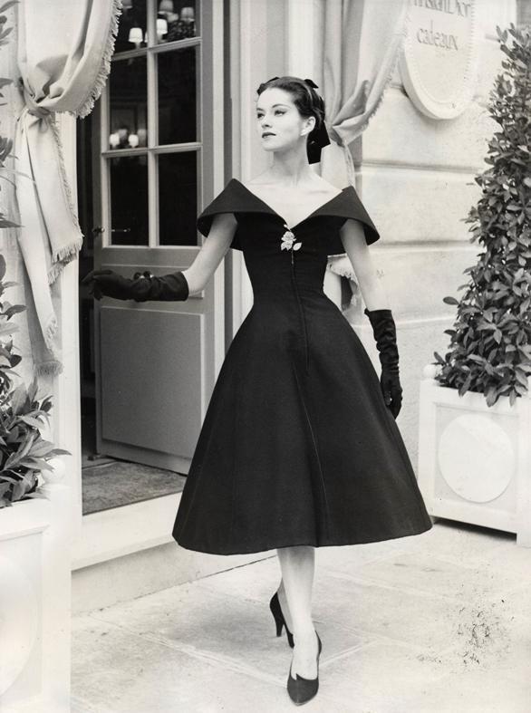 Как Вам стиль 50-х годов? Несколько женственных и элегантных образов того времени