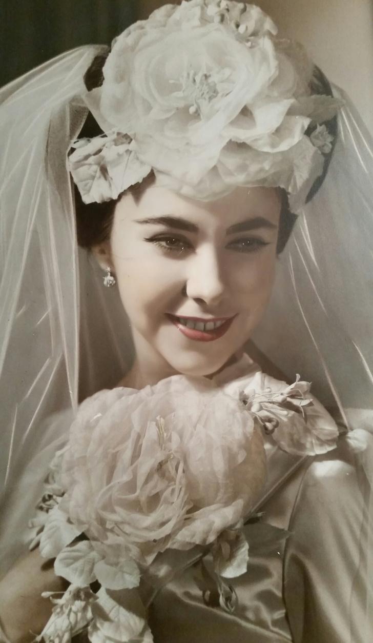 Подборка снимков, на которых видно какие наши бабушки были красотки