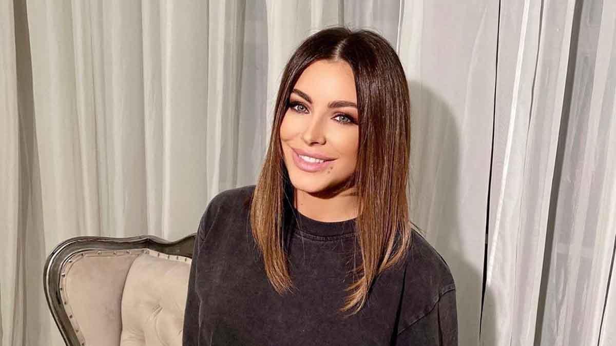 «Какая красивая…»: Ани Лорак восхитила своих поклонников редким селфи без макияжа