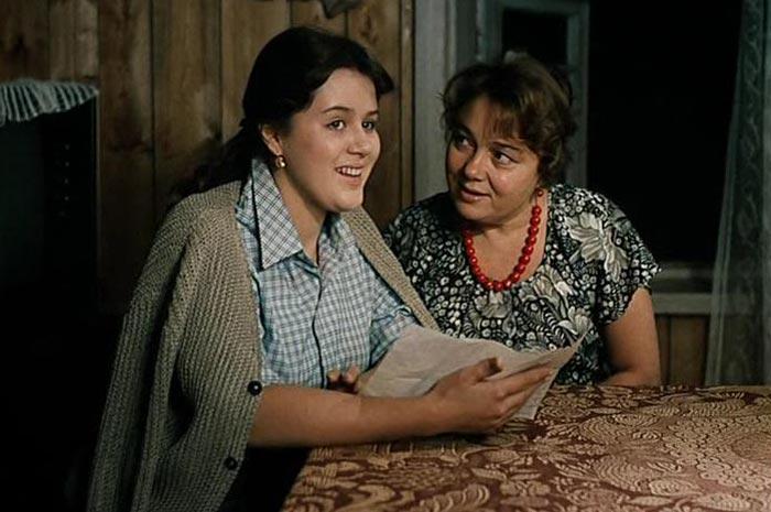 Людке из «Любовь и голуби» уже 58 лет. Как сложилась жизнь актрисы после переезда в Германию?