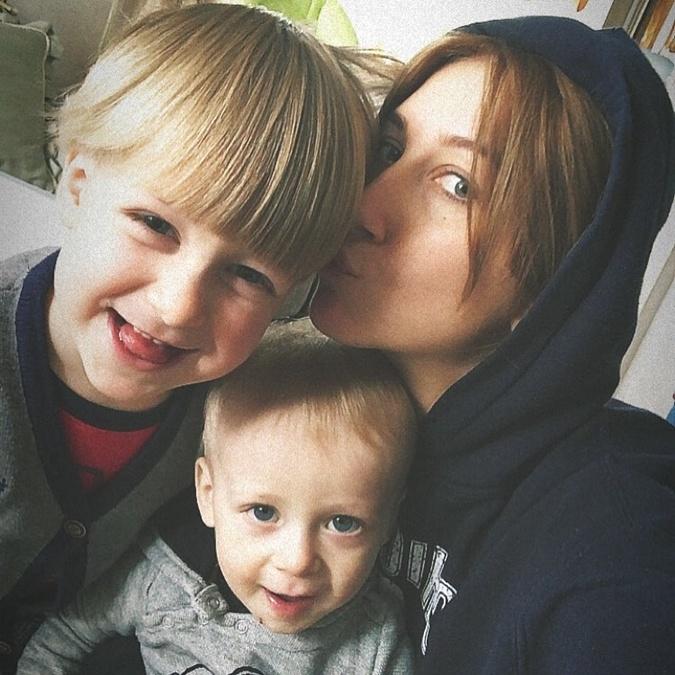 48-летняя Снежана Егорова в третий раз стала бабушкой
