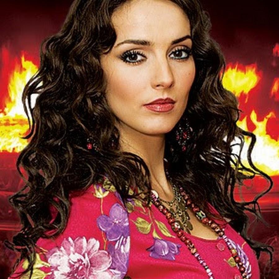 Как сейчас выглядит и чем занимается актриса, которая 15 лет назад сыграла Кармелиту в сериале про цыган