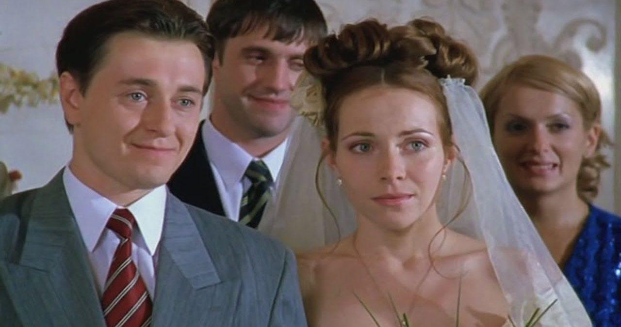 """Как спустя 18 лет выглядят любимые актеры из сериала """"Бригада"""""""
