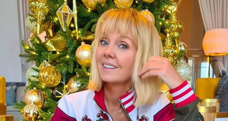 Новогодний подарочек: певица Валерия 1 января стала бабушкой. Новорожденной малышке дали необычное имя