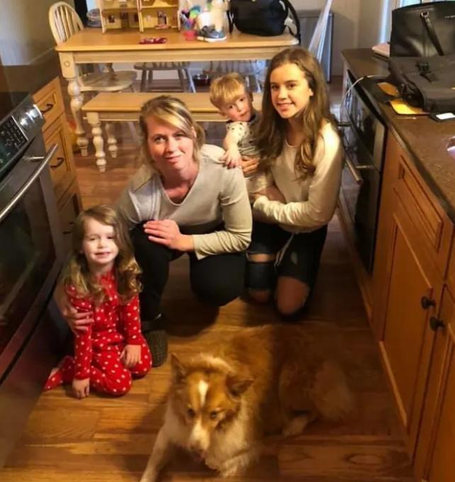 Счастливое возвращение: собачка нашлась спустя два месяца после того как ее унес торнадо