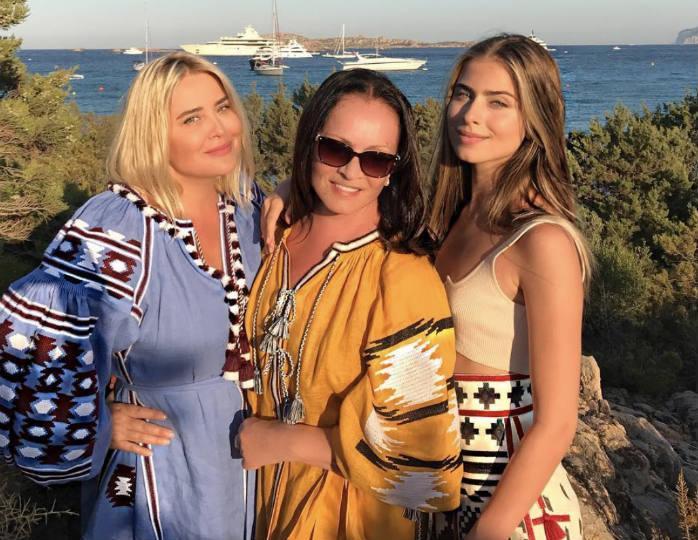 Невестка Софии Ротару выглядит едва ли не ровесницей своей юной дочери