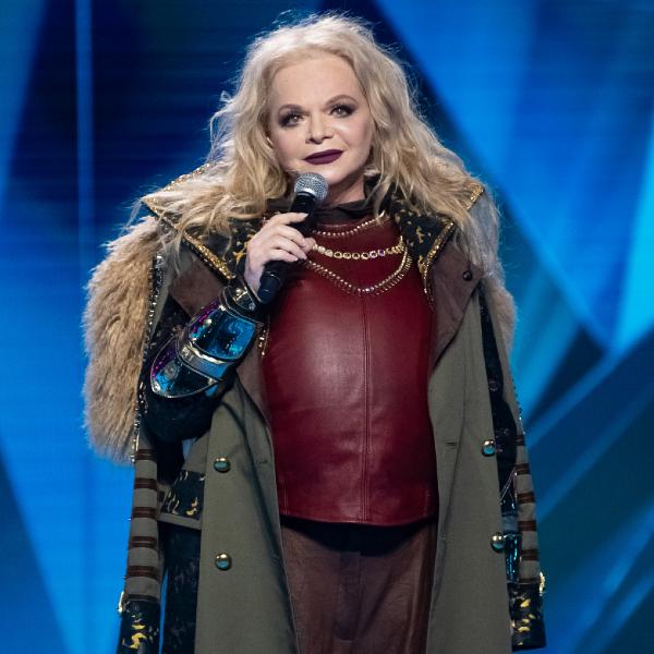 Лариса Долина рассказала, что дочь сразу узнала ее голос в шоу «Маска» - Вокруг ТВ.