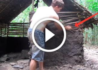 парень строит хижину
