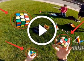 парень жонглирует кубиками Рубика