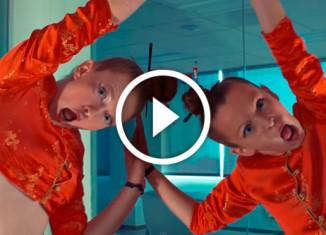 девочки танцуют под песню Бейонсе