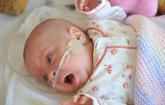 Ребенок, родившийся в 27 недель