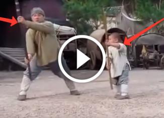 Мальчик учит Джеки Чана