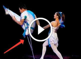 Китайские танцоры-инвалиды