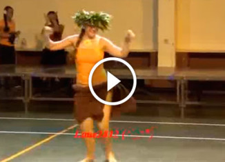 Традиционный танец девушек Таити