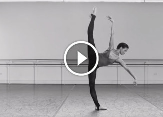 Балерина станцевала мир внутри себя