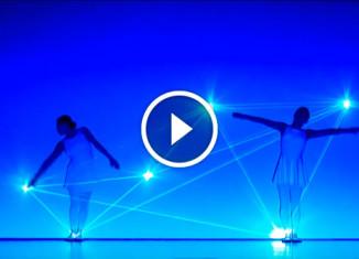 шоу танца и света
