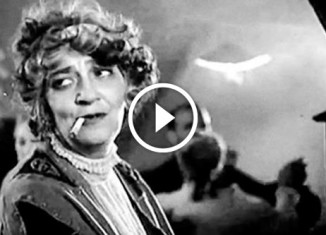 Фаина Раневская исполняет романс