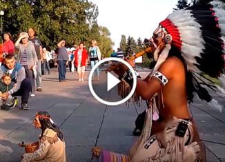 Индеец играет Полёт кондора