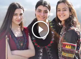 Грузинские девочки поют