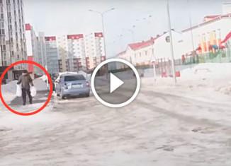 Сильный ветер в Ханты-Мансийске